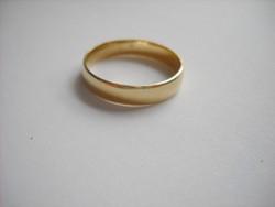 Férfi 14 k-os karikagyűrű