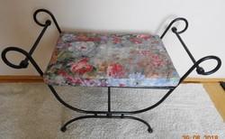 Egyedi kovácsoltvas ülőke, szék ottomán