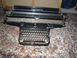 """Continental  """" nagyutas """"  antik írógép, nagyon szép állapotban"""