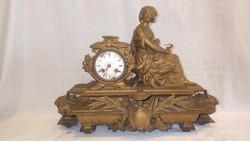 Antik kandalló óra nő szoborral