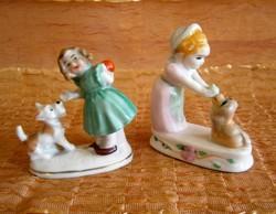 Aranyos kutyával játszó kislányok, az egyik Wagner & Apel porcelán