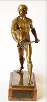 Bronz szobor jelzett férfi alak 1940 Ganz  TE vörös márvány talapzaton