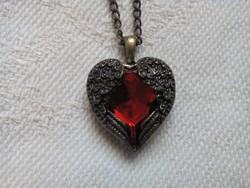 Vintage réz nyaklánc, szív alakú medállal