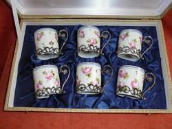 Kézzel festett rózsás Capodimonte porcelán kávés készlet
