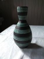 Rendkívül elegáns csíkos retró váza