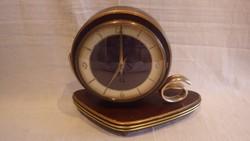 Jelzett régi asztali óra
