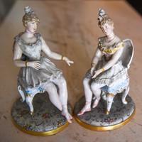 Porcelán figurák