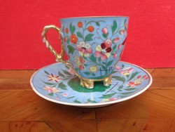 Dekoratív gyűjtő csésze aljával