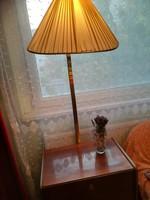 Vitrin szekrényke lámpás ( retro éjjeli szekrény hangulat lámpával)