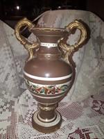 Jelzett füles váza