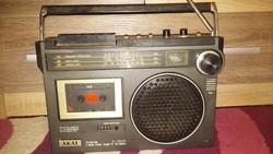 Akai rádiós magnó a 80-as évekből