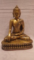 Jelzett aranyozott díszes ruhás réz Buddha szobor , szép állapot