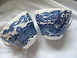 2 db postakocsis kék angol csésze