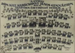 0T798 Régi gyulai tablókép 1946-47