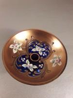 Üveg Bohemia dúsan aranyozott gyűrűtartó plasztikus virágokkal