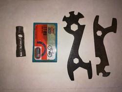 Régi bicikli kulcsok egyben .