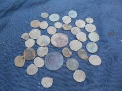 Római érmék,tisztítást igényelnek.Több mint 30db.