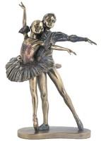 Táncos pár szobor