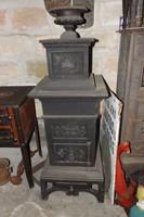 Antik 1850 Ritka Magyar Szent Koronás négyszögletes öntöttvas kályha vaskályha