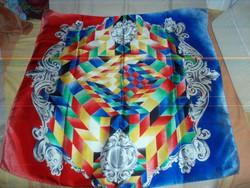 Csodás ESCADA vintage selyemkendő