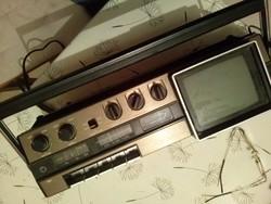 Retró hordozható TV -rádió-kazettás magnó Sony FX-412 E hálózati és elemes