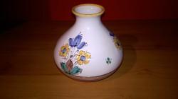 Zsűrizett,iparművészeti  kivül belül mázas népi kerámia váza,értékbecsült .