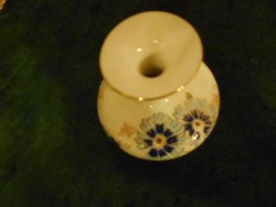 Zsolnay búzavirág mintás, elefántcsont színű kisméretű váza