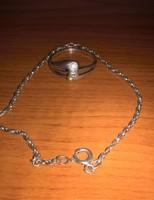 Ezüst karlánc és 3 apró köves gyűrű egyben!