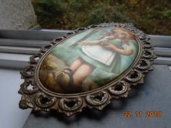 Antik díszes bronz ovális képkeret selyemképpel ,csibéket etető,korabeli kislánnyal -19,5x13 cm