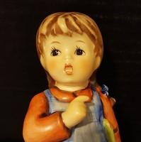Hummel kislány babával, 13 cm