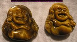 Tigrisszemből faragott Buddhácskál