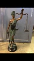 Eladó nagy bronz justitia