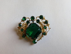 Vintage smaragdzöld köves brosstű 117.