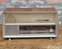 Régi rádió Harmonia