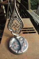 Szép Német Hitler arcképes SS Birodalmi hamutál csúcsdísz asztaldísz hamutartó fémből