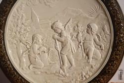 SCHÜTZ CILLI FALITÁL FALIDÍSZ 39 CM Gyönyörű különleges domború Figurális majolika, kerámia