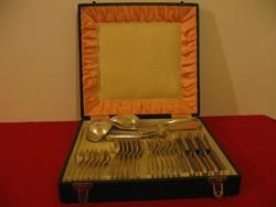 Ezüst étkészlet 6 személyes 1650 gramm dianás jelzés