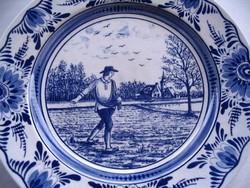 Kék mintás tányér