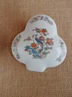 Wedgwood madaras porcelán ékszerdoboz