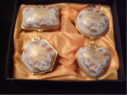 Aranyozott selyembélésű  díszdobozos porcelán  ékszertartók 3-db  eladóak