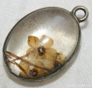 Antik Austria Ezüstözöt Crystal Intaglio Havasi Gyopár Medál