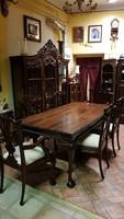 Chippendale nagy vitrin és étkező asztal  6 székkel