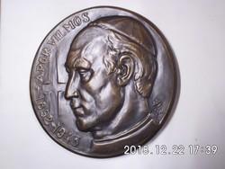Hunyadi László: Apor Vilmos 1892-1945 kerámia plakett