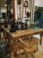 Satupadból átalakított íróasztal, loft vintage ipari bútor
