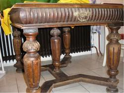 Antik 8 fős asztal kuriózum tölgyfa alapon baluszter láb alátámasztással