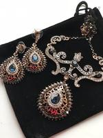 Meseszép török nyakék és fülbevaló- bársony díszcsomagban