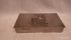 Fémműves réz doboz
