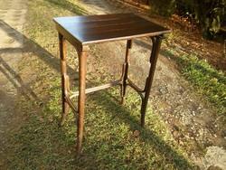 Jó állapotú szép megkímélt antik thonet asztal / közepes méretű szervizasztal