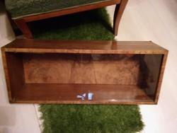 Szép diófa mintás hátlapú antik eltolhatós üveges  polc 70x27x19cm