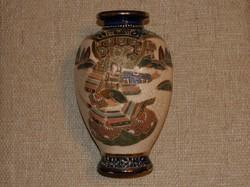 Japán porcelán váza kézzel festett szamuráj ábrázolással